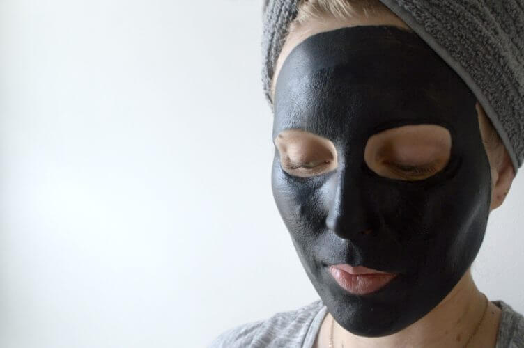 DIY Charcoal Mask With Green Tea - Rubies and Radishes