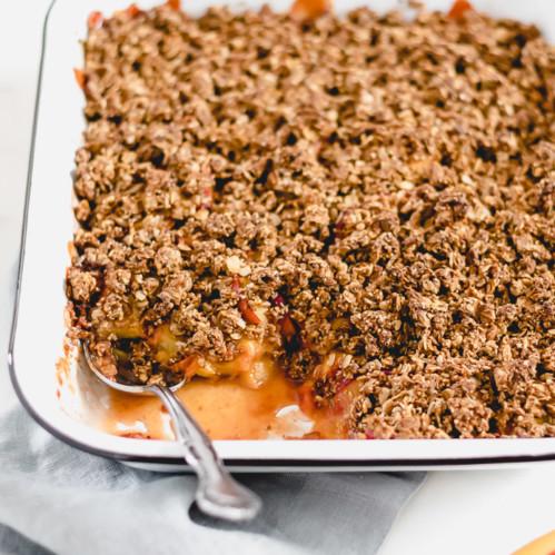 Gluten-Free Peach Granola Crisp