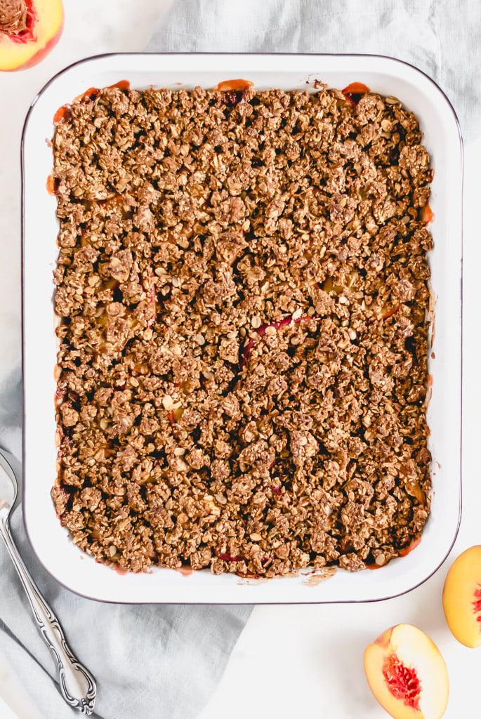Easy Peach Granola Crisp
